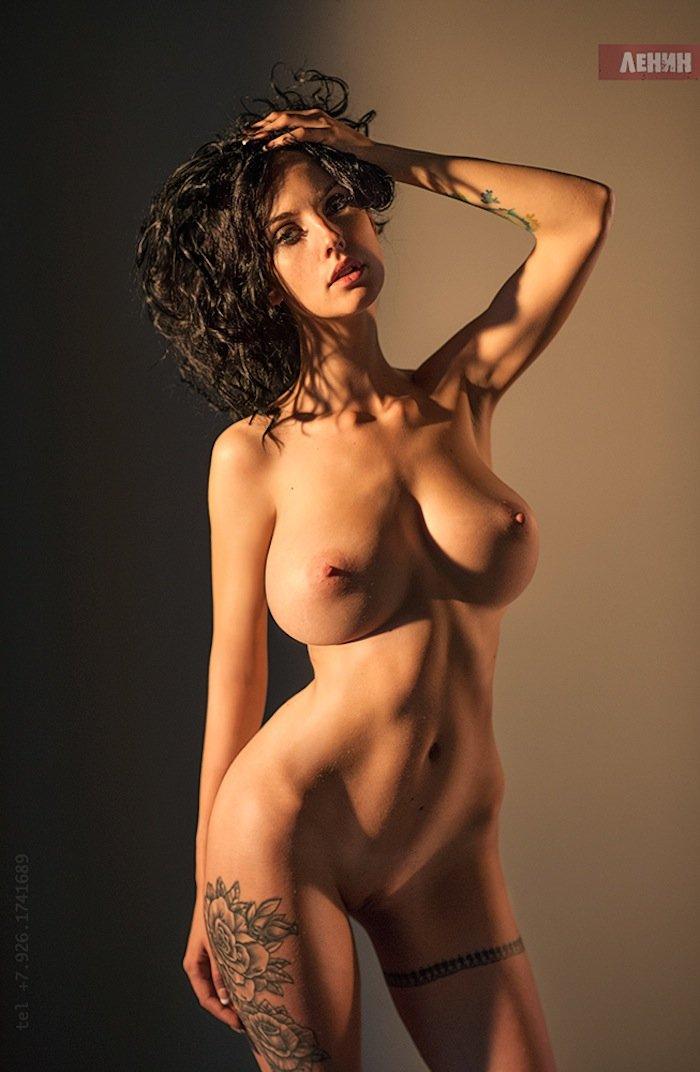 Алла голая фото