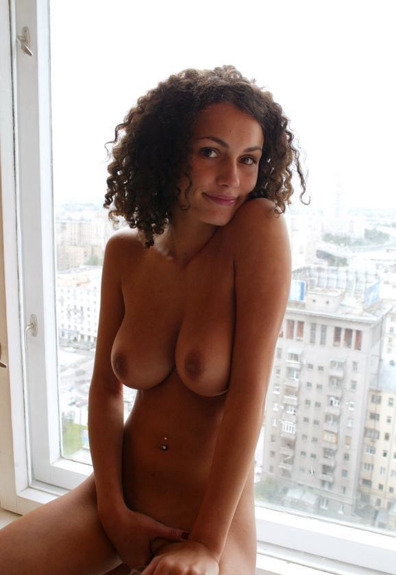 Curly Latina Mom Amateur 1