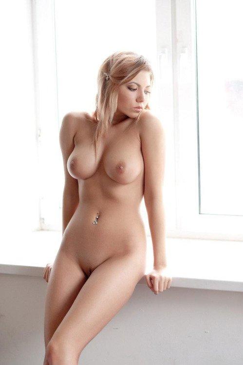 соло красивых голых девушек вот однажды
